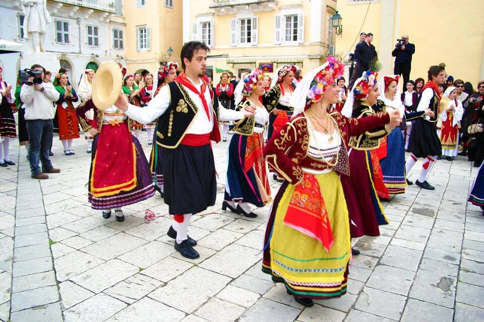 Folkrore dancing in Liston Corfu